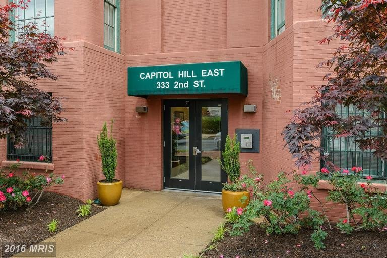 Capitol Hill East Condo | Transportation U0026 Location: The Capitol Hill East  Condos Is Located At 333 2nd St NE Between C And D Streets NE.