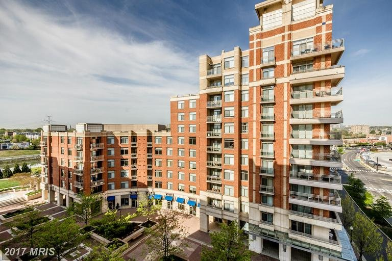 Eclipse On Center Park Condo | Transportation U0026 Location: The Eclipse On  Center Park Condominium Is Located In The Crystal City Neighborhood Of  Arlington On ...