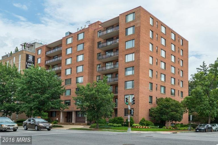chesterfield condos for sale