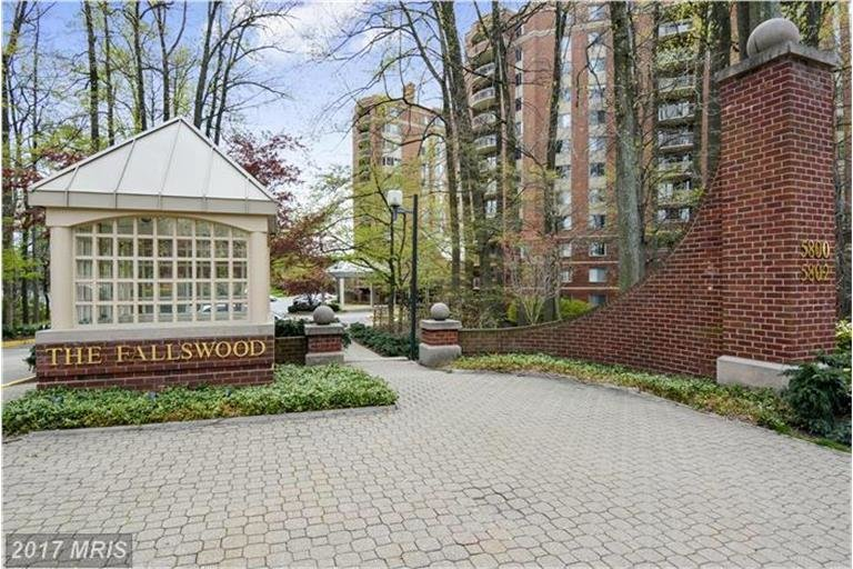 fallswood condos for sale