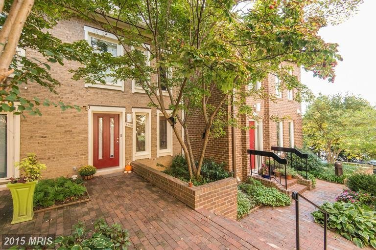 embassy park townhomes for sale
